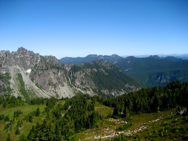 North west end of Mother Mountain, with views to the north across the Cascades